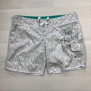 Fox | Women's Board Shorts with Side Pocket